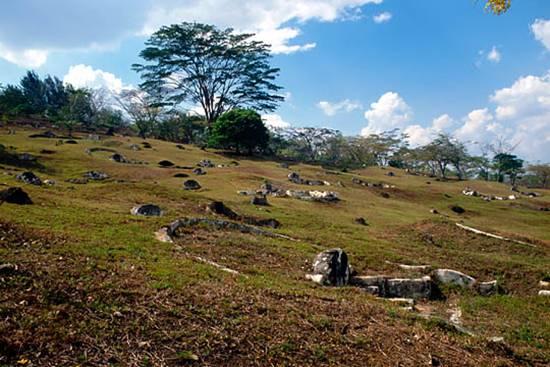 bukit-china-graveyard